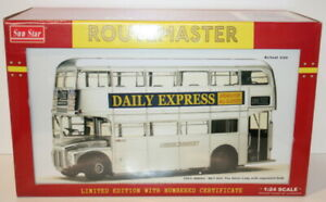 SunStar 1/24 Scale 2903 Routemaster Bus Daily Express RM664 WLT 664 Silver Lady