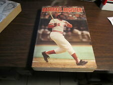 1977 SPORTING NEWS BASEBALL REGISTER  536 PAGES