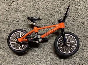 Flick Trix S&M General Lee BMX bike