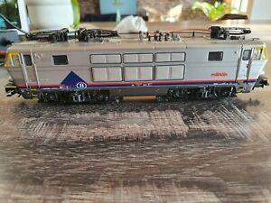 Marklin locomotive digital 33631
