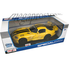 Maisto Dodge Viper GT2 1/18 Diecast Model Car Yellow