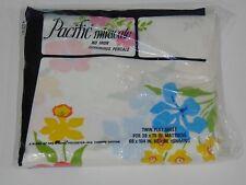 VINTAGE PACIFIC PERCALE NO IRON TWIN FLAT SHEET- WHITE W/ RETRO FLOWERS ~ NIP