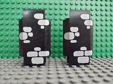 2 Lego Black Castle Panel Corner Wall Pieces Scattered Grey Brick Pattern 2345