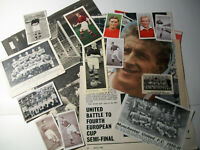 Manchester United cigarette cards & football clippings Chix Wills Churchman etc