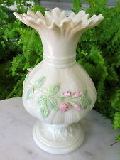 LOVELY IRISH BELLEEK VASE WITH APPLIED PINK FLOWERS 1965-1980 GREEN MARK