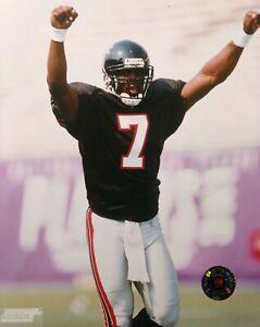 MICHAEL VICK Atlanta Falcons 2002 NFL 8X10 Action Photo  ATLANTA FALCONS
