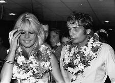 Photo originale Brigitte Bardot Gunther Sachs fleurs Tahiti 1966