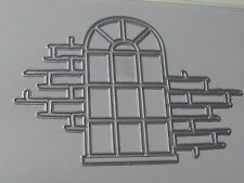 KAISERCRAFT DECORATIVE DIE- DD404 ARCHED WINDOW