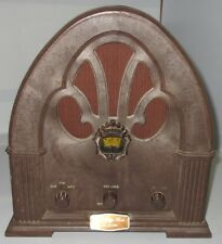 Vintage Framor AM/FM/AFC Radio 1932 Antique Replica Cathedral Style 1970's Used