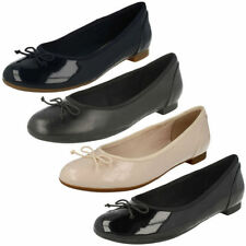 Clarks Casual Synthetic Flats for Women