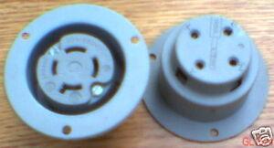 GE GL1524 20 Amp 250 V L15-20R Flanged Receptacle 2426