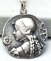 Jugendstil Anhänger 800 Silber punz. um 1900 Mädchen mit Blume & Silberkette