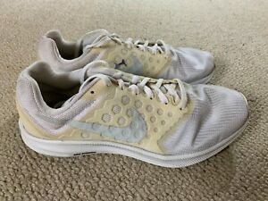 Nike Downshifter 7 ladies running trainers in white - size 6