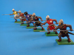 DSG ARGENTINA * LANCER CRUSADERS KNIGHTS LINE ASSORTED COLOURS * TOY SOLDIERS