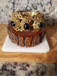 Vintage Black Stone Gold Filigree Bracelet Antique Look *VERY UNIQUE PIECE*