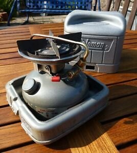 Coleman Dual Fuel Stove Model 533, Camping, Fishing, Outdoors.
