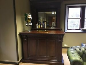 Pub Counter And Back Bar