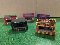 Model Train HO Scale Food Stand Kits-20 w/ Interiors Hot Dog Hamburger Newsstand
