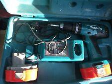 MAKITA 8391D 18V CORDLESS HAMMER DRILL DRIVER,18V 2X BATTS GOD CONDITION