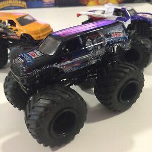 Hot Wheels Lucas Oil Crusader Monster Jam Truck Die Cast Mattel Black Rims 1:64