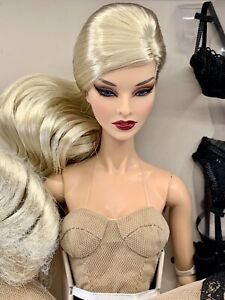 """INTEGRITY TOYS FASHION ROYALTY OMBRES POETIQUE MADEMOISELLE JOLIE 12"""" DOLL NUDE"""