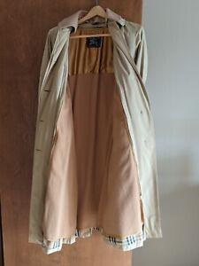 vintage burberry trench coat women
