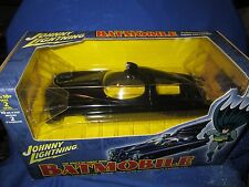 batmobile 1:24  DIE-CAST JOHNNY LIGHTNING JL 1950's DC COMIC BATMAN 2002 model