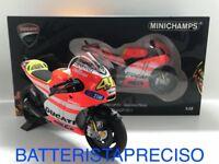 MINICHAMPS VALENTINO ROSSI 1/12 DUCATI DESMOSEDICI 2011 GP11.2 LIMITED 122112046