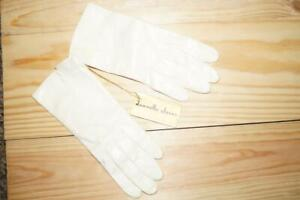 NWT Vintage Dawnelle Leather Gloves - Size marked 6 2/3 - 100% Rayon Lined soft