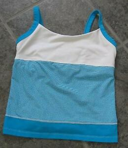 LULULEMON 3 set TANK IN MYSTIC BLUE GINGHAM AND WHITE COLOUR BLOCK SIZE 4