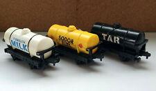 Vintage 1993 2001 Thomas & Friends ERTL Tar Milk & Fuel Train Tankers Plastic