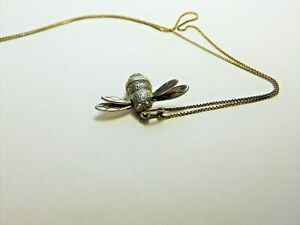 STUNNING 925 SILVER BEE PENDANT AND CHAIN