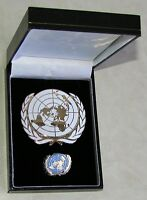UN United Nations Peacekeeping Silver Plated Enamel Label Pin & Beret Badge Lot