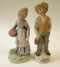 VINTAGE SET OF 2 FIGURINES OLD MAN AND WOMAN FARMERS COUNTRY PEOPLE