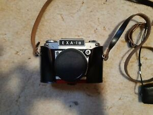 EXA 1a DDR Spiegelreflexkamera in ausgezeichnetem Zustand mit Lichtmesser