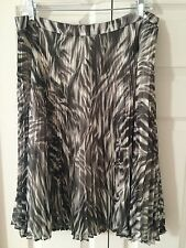 Talbots Animal Print Pleated Skirt Grey & Ivory Size 10 NTW