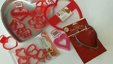 WILTON VALENTINE'S DAY MOLDS AND COOKIE CUTTERS NEW and Euc