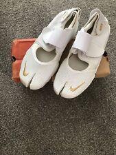 Ladies Nike Trainers Size 4 Split Toe Adjustable Straps Air Max Rift