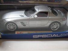 1:18 SCALE MAISTO Mercedes Benz SLS AMG Gullwing Diecast SILVER