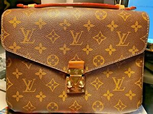 Authentic Louis Vuitton Pochette Métis bag
