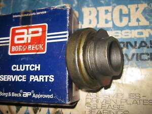 CLUTCH RELEASE BEARING - FITS: SKODA 1000MB 1100MB S100 S110 & COUPE (1964-77)