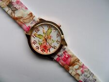 Lovely Gold Faced Flower Patterned Quartz Watch Patterned Silicon Strap   a