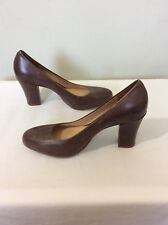 CLARKS Active Air Charcoal Leather Court Shoes, UK SIZE 5 D Brown.