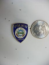 ZG5- GRESHAM OREGON POLICE  MINI BADGE PIN  #4026 (Z55)