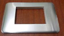 LEGRAND Cruz 3M Alluminum Anodizado Natural Modelo 680563 (Lote De 36 Piezas)