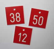 30 Stück PVC Schilder Zahlenmarken Ziffernschilder  40mm x 40mm Gravur kostenlos
