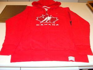Team Canada Hockey IIHF Full Zip Hoody L Red Hoodie Sweatshirt World Juniors NWT