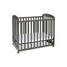 DaVinci Alpha Mini Rocking Crib in Slate