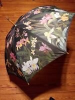 "Vintage Umbrella Hawaiian Flowers 41"" Diameter Salamander 1992 Wood Handle :)"