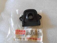 CAOUTCHOUC FEU ARRIERE YAMAHA SR250 190-1982 XT250 1980-1983 3Y1-83527-00-00